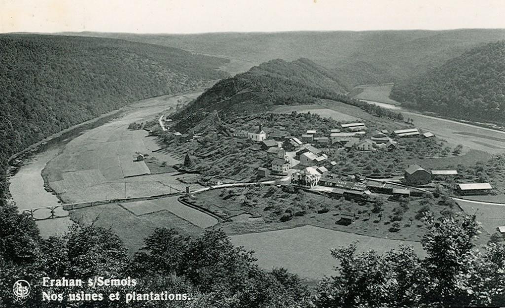 Ancienne photo montrant le village de Frahan depuis le point de vue de Rochehaut